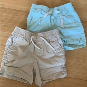 Gap - bundle of 2 - baby boy shorts
